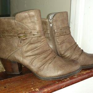 Baretraps Rainly Sz9 ankle boot
